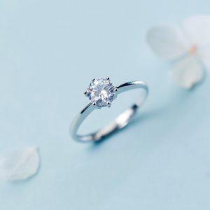 鑲 鋯 鑽 戒 指